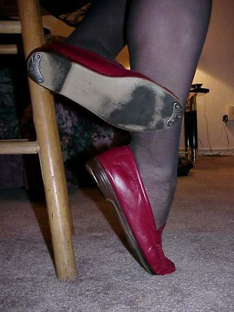 Dildo slippers