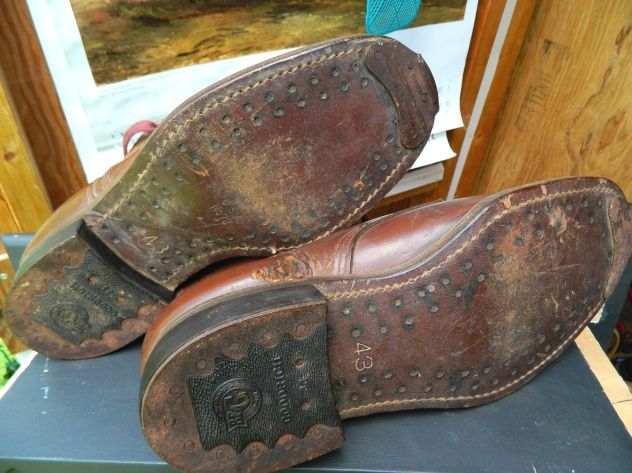 mens-vintage-work-boots-horseshoe-taps-and-toe-bumpers-1
